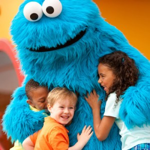 sesame-place-cookie-monster-400vp